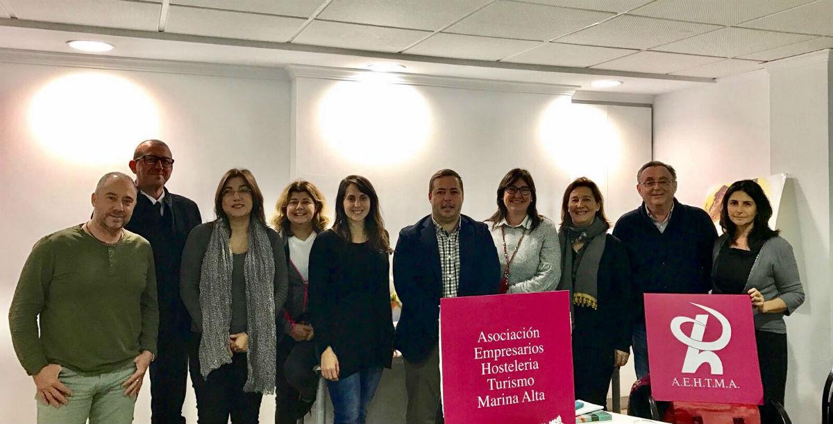 Agustín Almodóbar con los empresarios de la Marina Alta
